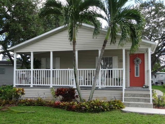 Mobile / Manufactured للـ Sale في 2555 Pga Boulevard 2555 Pga Boulevard Palm Beach Gardens, Florida 33410 United States