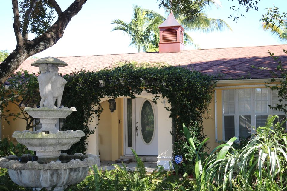 Single Family Home for Rent at 12046 Prosperity Farms Road 12046 Prosperity Farms Road Palm Beach Gardens, Florida 33410 United States