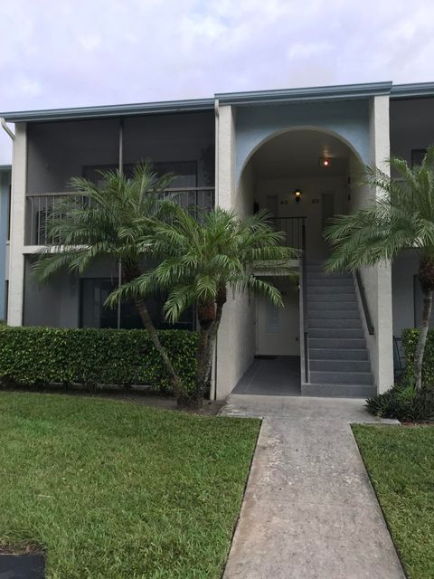 Additional photo for property listing at 1103 Green Pine Boulevard 1103 Green Pine Boulevard West Palm Beach, Florida 33409 United States