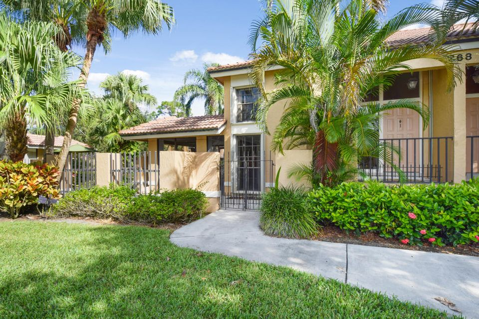 368 Prestwick Circle 1 , Palm Beach Gardens FL 33418 is listed for sale as MLS Listing RX-10378786 42 photos