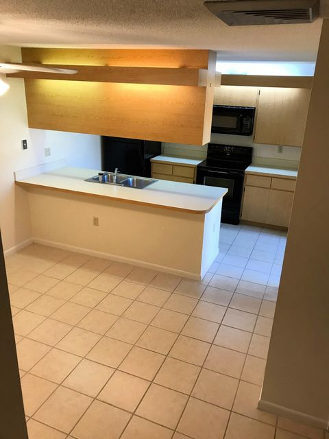Additional photo for property listing at 6645 66th Way 6645 66th Way West Palm Beach, Florida 33409 Vereinigte Staaten