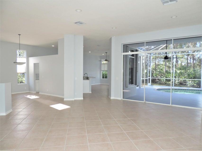 Additional photo for property listing at 5379 SE Acadia Terrace  Hobe Sound, Florida 33455 United States