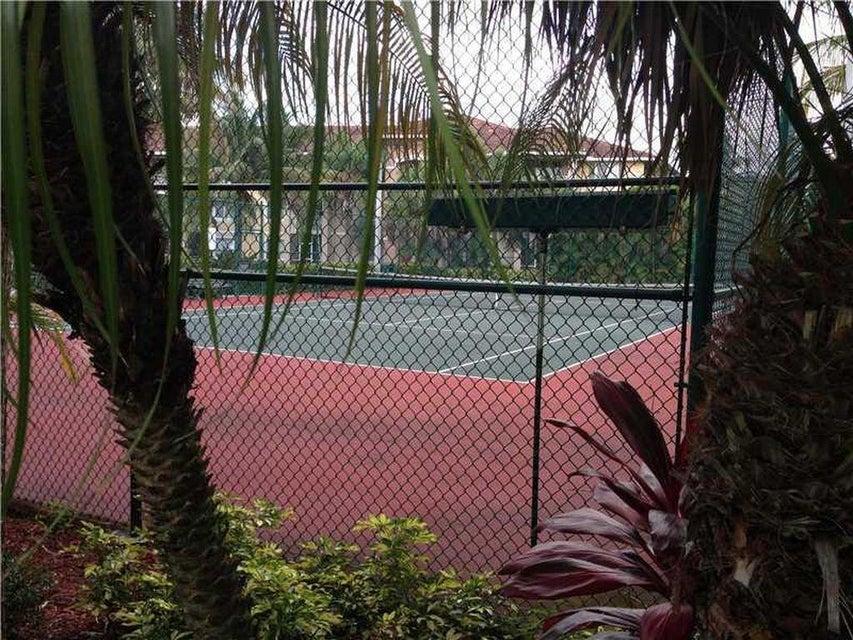 Additional photo for property listing at 6386 Emerald Dunes Drive 6386 Emerald Dunes Drive West Palm Beach, Florida 33411 Estados Unidos