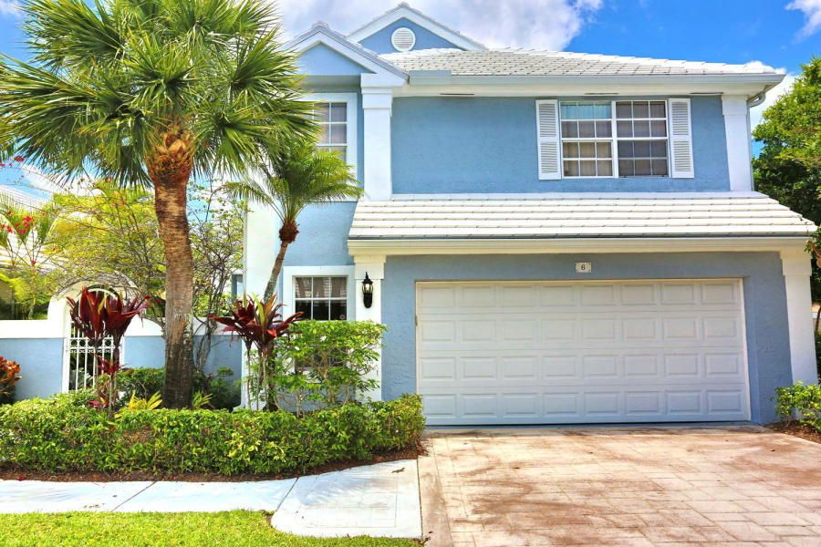 6 Windsor Place , Palm Beach Gardens FL 33418 is listed for sale as MLS Listing RX-10378823 11 photos