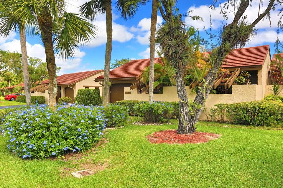 Villa por un Venta en 8471 Casa Del Lago 8471 Casa Del Lago Boca Raton, Florida 33433 Estados Unidos