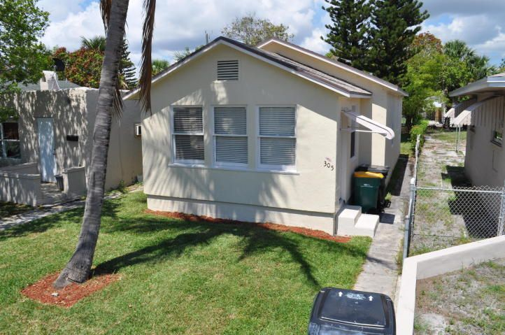 Rentals for Rent at 305 S F Street 305 S F Street Lake Worth, Florida 33460 United States