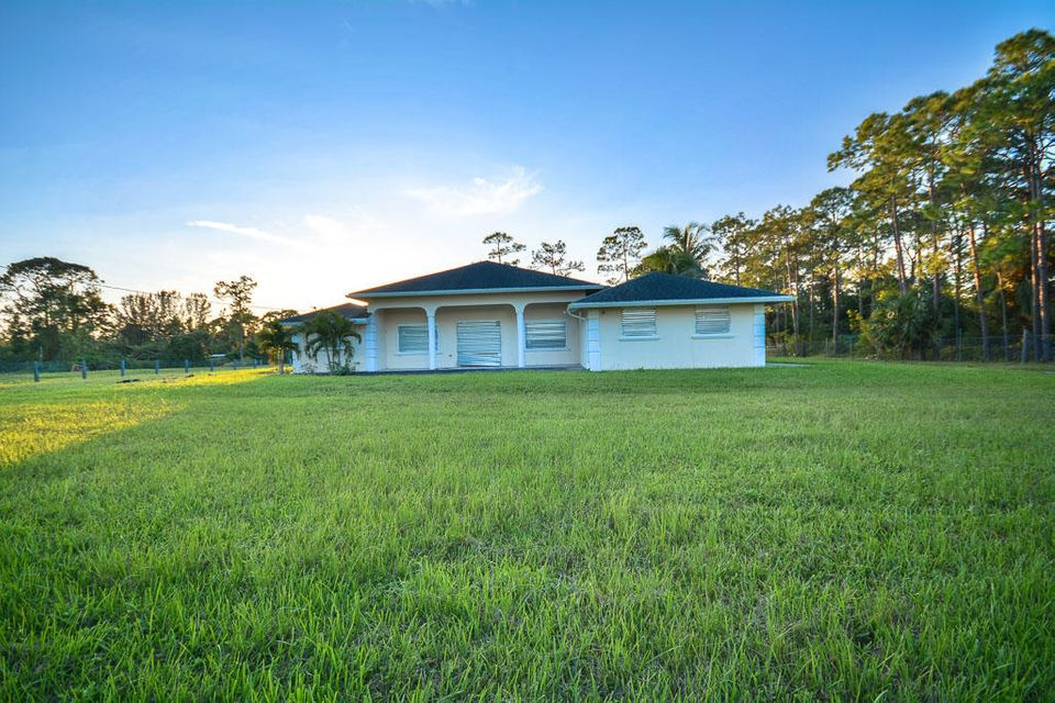 Home for sale in Loxahatchee Groves Loxahatchee Florida
