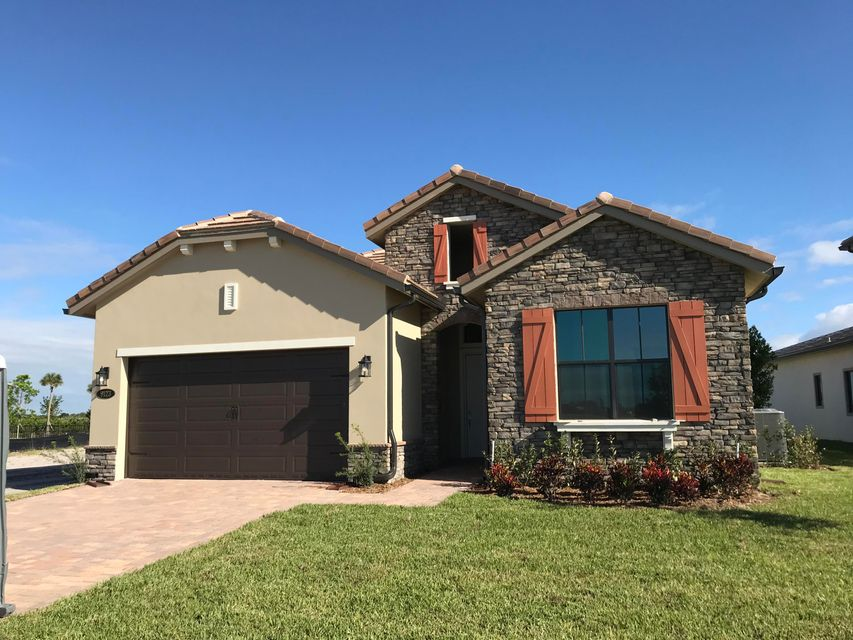 9123 Grand Prix Lane  Boynton Beach FL 33472