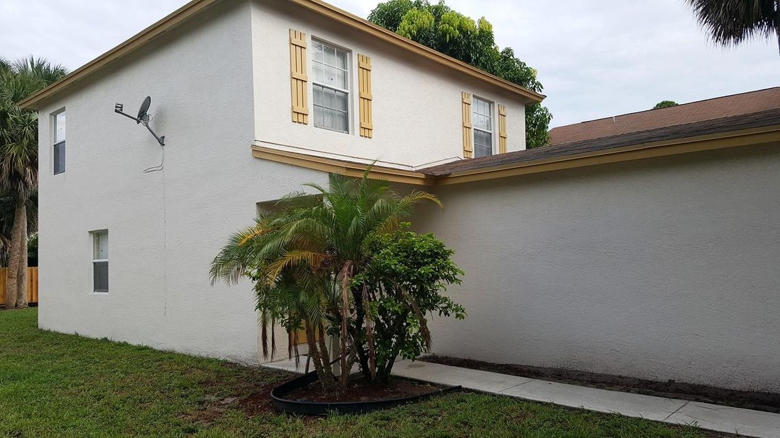 Additional photo for property listing at 1381 Climbing Rose Lane 1381 Climbing Rose Lane West Palm Beach, Florida 33415 États-Unis