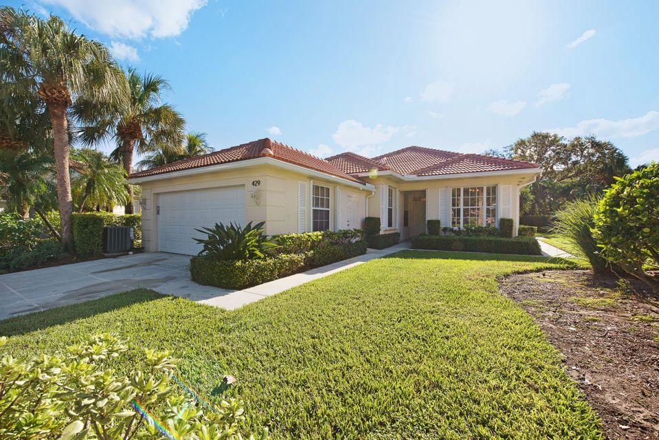 429 Kelsey Park Drive , Palm Beach Gardens FL 33410 is listed for sale as MLS Listing RX-10379184 32 photos