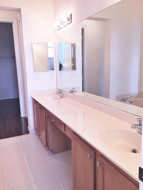 Additional photo for property listing at 881 Marina Del Ray Lane 881 Marina Del Ray Lane West Palm Beach, Florida 33401 United States