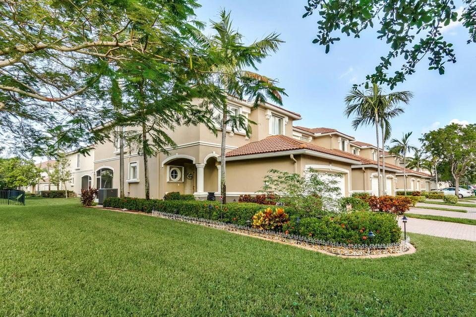 Casa unifamiliar adosada (Townhouse) por un Venta en 2026 Oakhurst Way 2026 Oakhurst Way Riviera Beach, Florida 33404 Estados Unidos