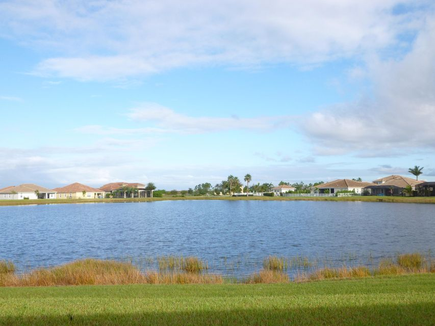 Additional photo for property listing at 11984 SW Aventino Drive 11984 SW Aventino Drive Port St. Lucie, Florida 34987 United States