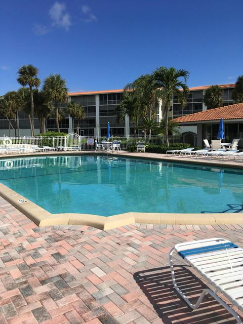 Co-op / Condominio por un Alquiler en 101 NE 19th Avenue 101 NE 19th Avenue Deerfield Beach, Florida 33441 Estados Unidos