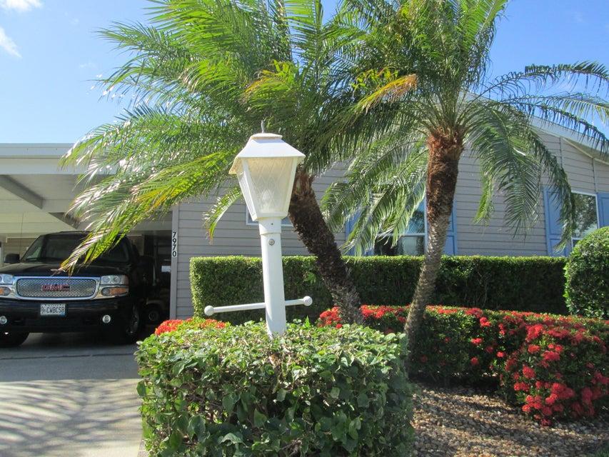 Móvil / Fabricado por un Venta en 7970 Horned Lark Circle 7970 Horned Lark Circle Port St. Lucie, Florida 34952 Estados Unidos