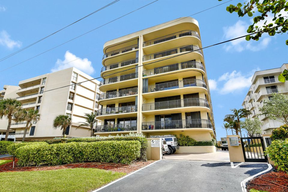 Condominium for Sale at 4000 S Ocean Boulevard # 304 4000 S Ocean Boulevard # 304 South Palm Beach, Florida 33480 United States