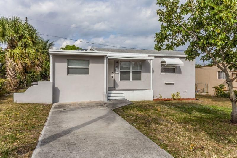 Additional photo for property listing at 831 43rd Street 831 43rd Street West Palm Beach, Florida 33407 États-Unis
