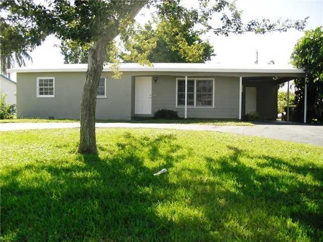 Rentals for Rent at 137 Riley Avenue 137 Riley Avenue Palm Springs, Florida 33461 United States