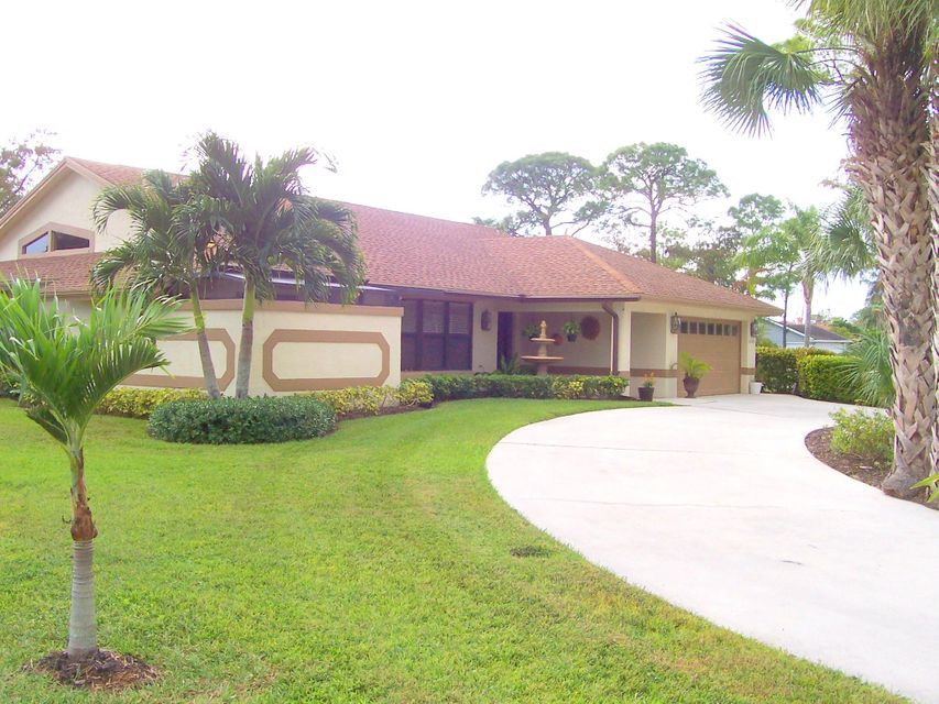 Rentals for Rent at 14148 Paddock Drive 14148 Paddock Drive Wellington, Florida 33414 United States