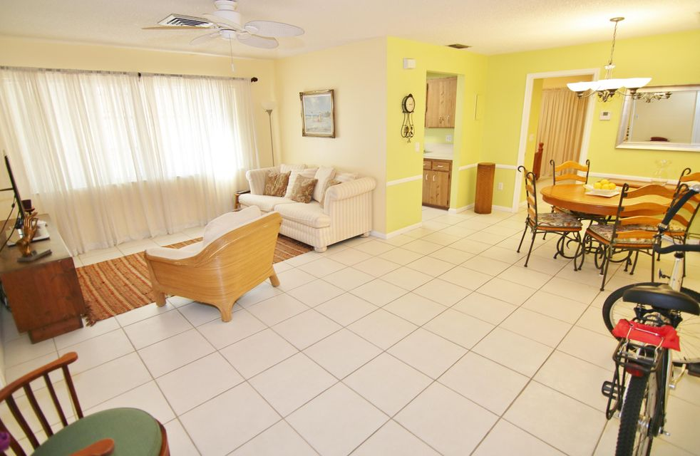 Co-op / Condo for Rent at 1325 N J Street 1325 N J Street Lake Worth, Florida 33460 United States