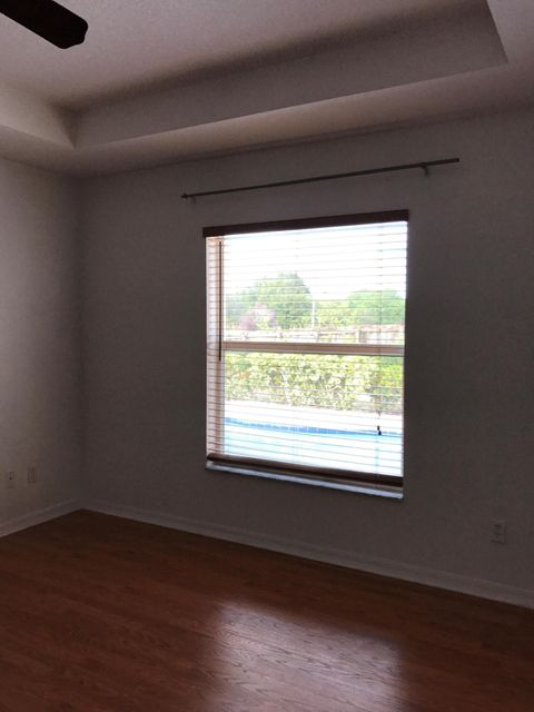 Additional photo for property listing at 485 SW Dahled Avenue 485 SW Dahled Avenue Port St. Lucie, Florida 34953 United States