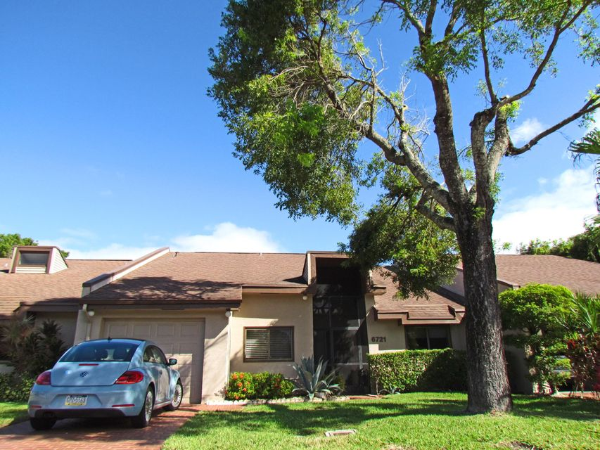 Villa pour l Vente à 6721 Versailles Court 6721 Versailles Court Lake Worth, Florida 33467 États-Unis