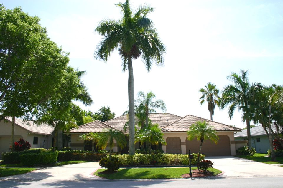 Single Family Home for Sale at 20133 Back Nine Drive 20133 Back Nine Drive Boca Raton, Florida 33498 United States