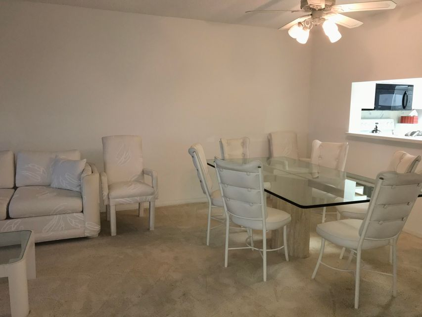 Additional photo for property listing at 7300 Amberly Lane 7300 Amberly Lane Delray Beach, Florida 33446 Vereinigte Staaten