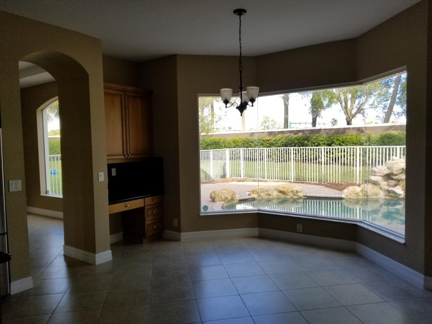 Additional photo for property listing at 8501 Butler Greenwood Drive 8501 Butler Greenwood Drive Royal Palm Beach, Florida 33411 United States