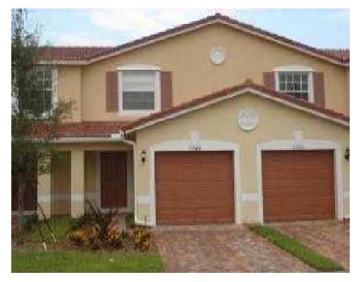 Casa unifamiliar adosada (Townhouse) por un Alquiler en 22165 Majestic Woods Way 22165 Majestic Woods Way Boca Raton, Florida 33428 Estados Unidos