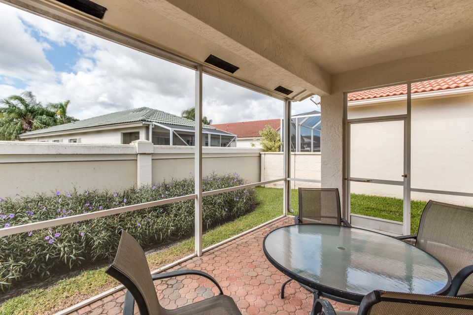 8035 Bellafiore Way Boynton Beach, FL 33472 - photo 22