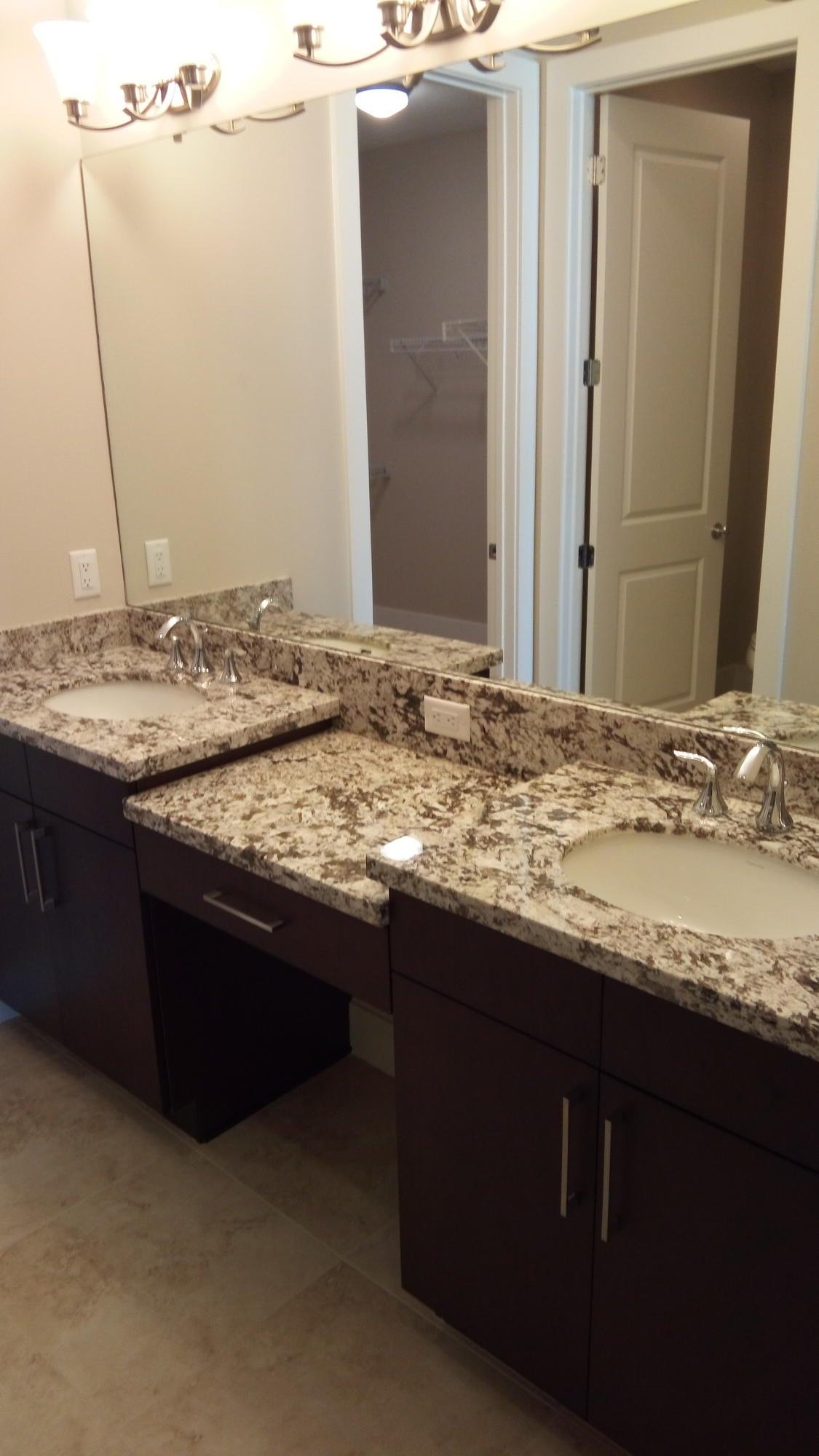 Additional photo for property listing at 7112 Edison 7112 Edison Palm Beach Gardens, Florida 33418 United States