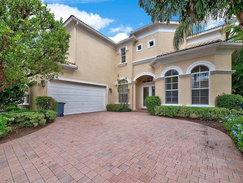 واحد منزل الأسرة للـ Sale في 122 Tranquilla Drive 122 Tranquilla Drive Palm Beach Gardens, Florida 33418 United States