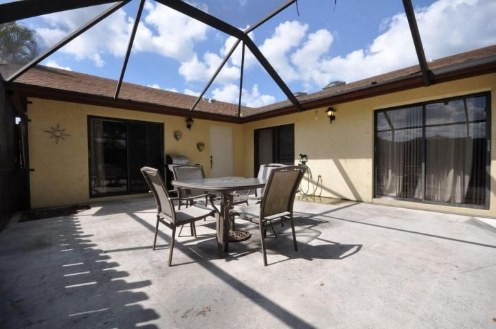 Additional photo for property listing at 13680 Yarmouth Court 13680 Yarmouth Court Wellington, Florida 33414 Estados Unidos