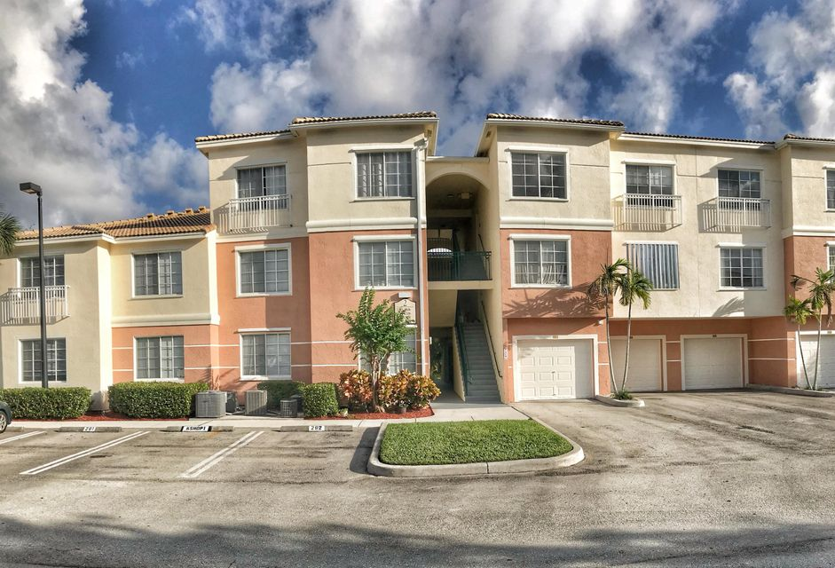 Co-op / Condo للـ Rent في 2303 Myrtlewood Circle E 2303 Myrtlewood Circle E Palm Beach Gardens, Florida 33418 United States