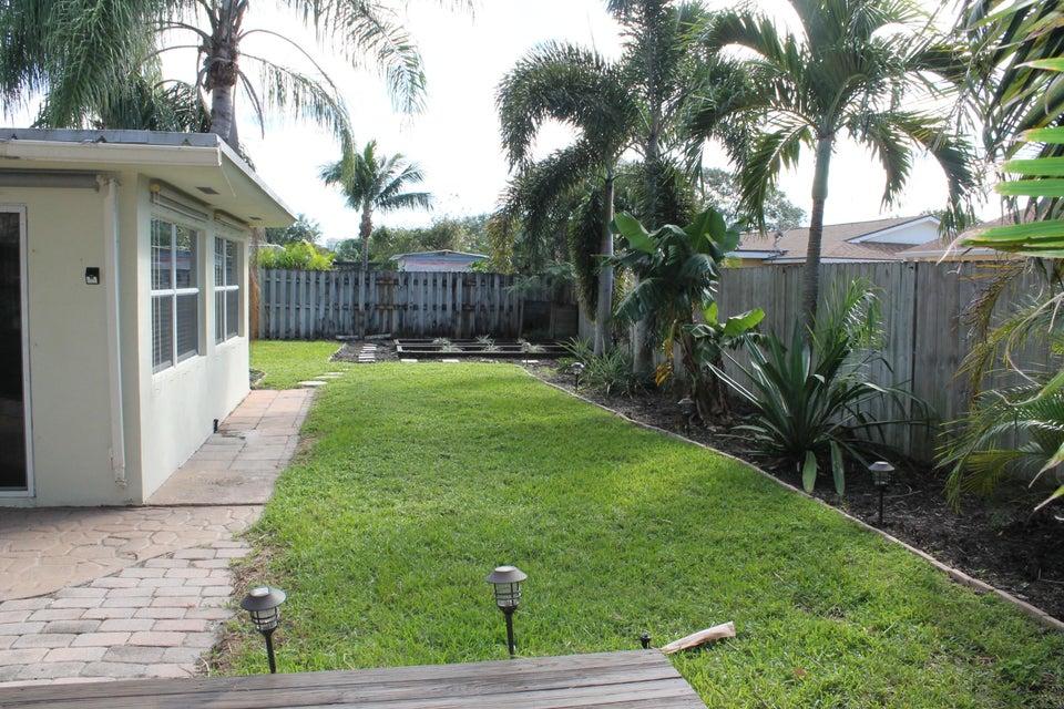 Additional photo for property listing at 4360 Elm Avenue 4360 Elm Avenue Palm Beach Gardens, Florida 33410 United States