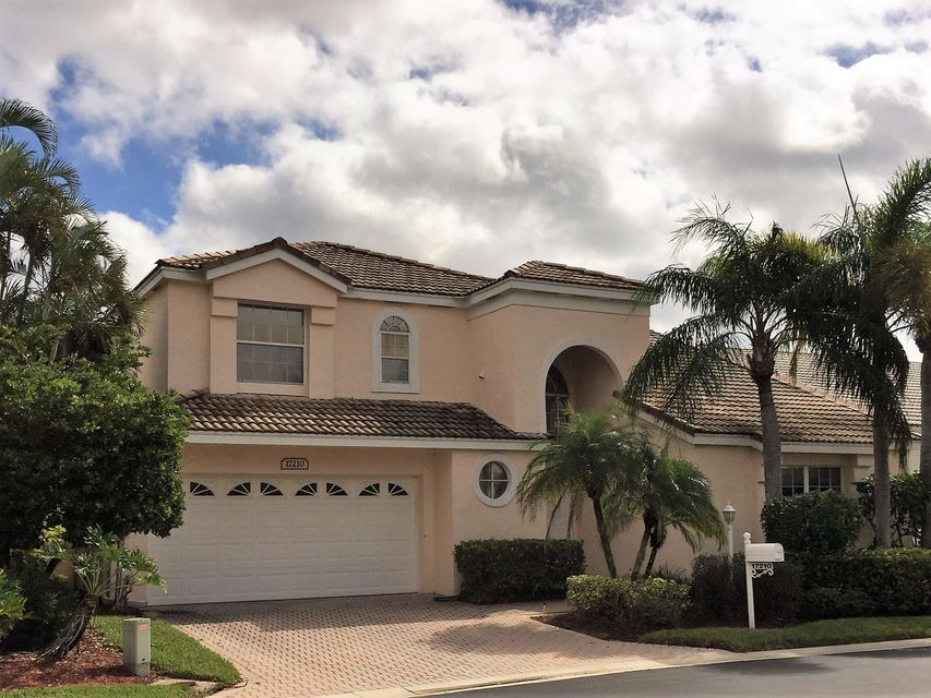 BALBOA POINT BOCA GOLF & TENNIS CLUB home on 17210  Ventana Drive