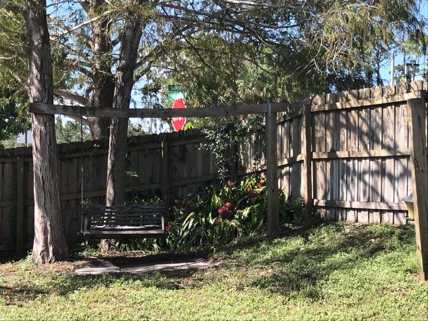 124 Sherwood Drive Royal Palm Beach, FL 33411 photo 22