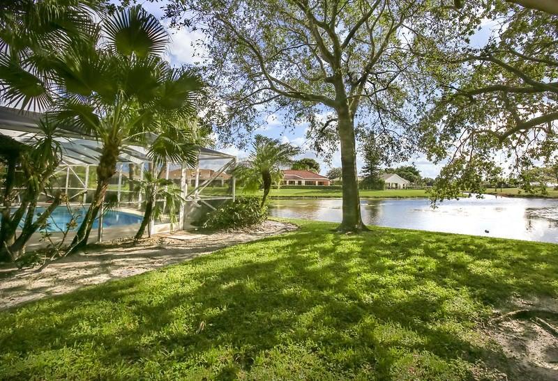1690 Farmington Circle Wellington, FL 33414 photo 24