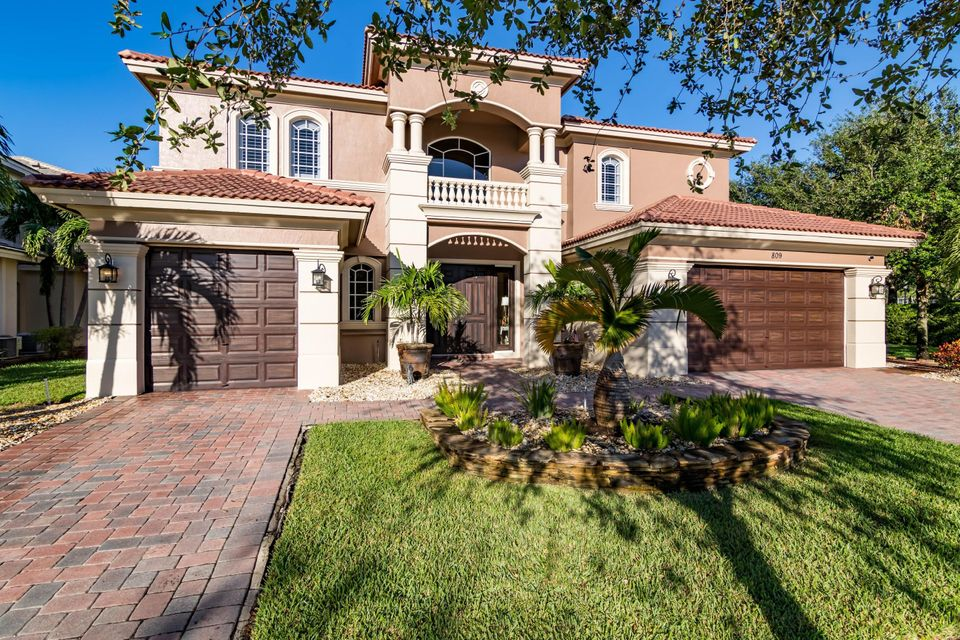 Single Family Home for Sale at 809 Edgebrook Lane 809 Edgebrook Lane Royal Palm Beach, Florida 33411 United States