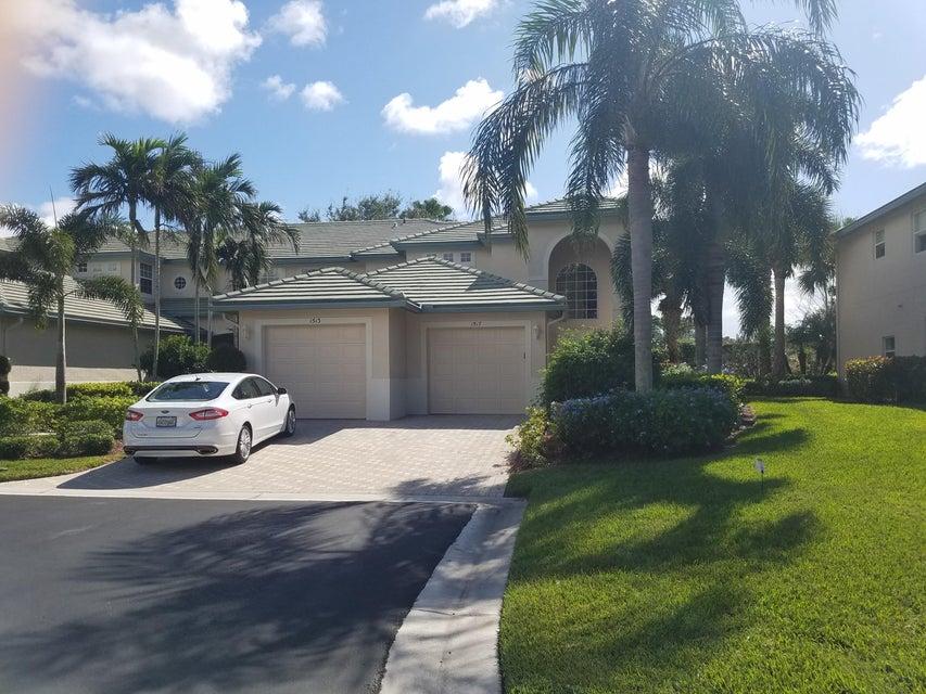 Cooperativa / condomínio para Venda às 1517 SE Prestwick Lane 1517 SE Prestwick Lane Port St. Lucie, Florida 34952 Estados Unidos