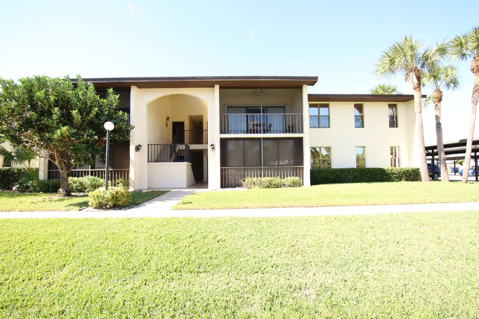 Condominium for Sale at 200 SE Four Winds Drive # 112 200 SE Four Winds Drive # 112 Stuart, Florida 34996 United States