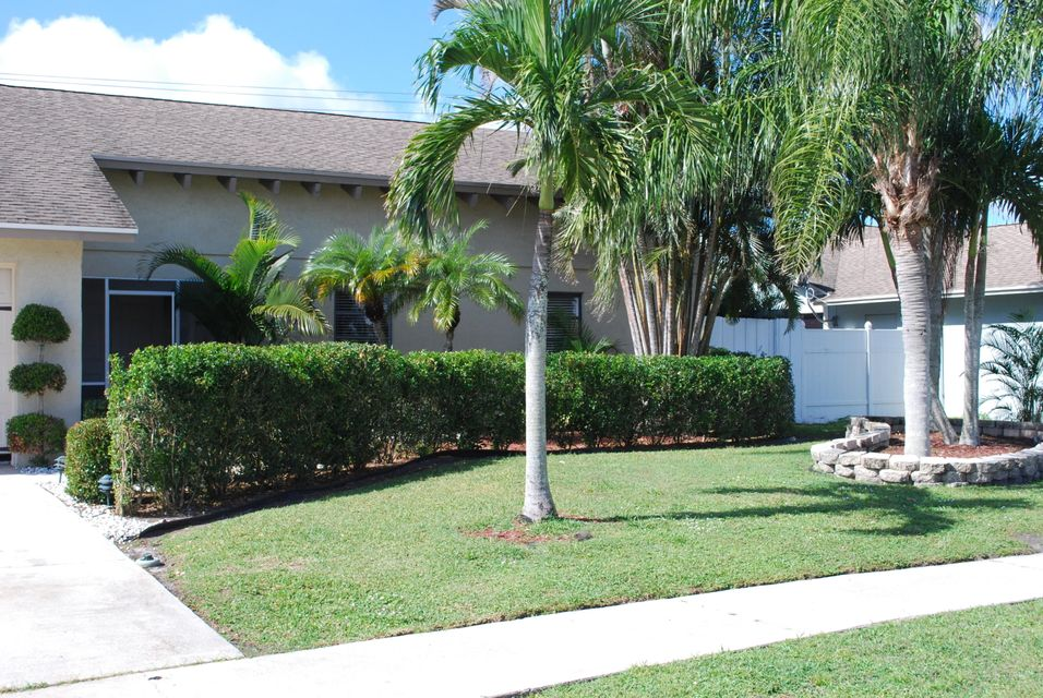 Additional photo for property listing at 1279 Kinglet Terrace 1279 Kinglet Terrace Wellington, Florida 33414 United States