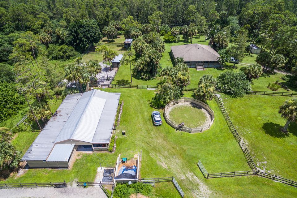 Rentals for Sale at 2670 Doe Trail 2670 Doe Trail Loxahatchee, Florida 33470 United States