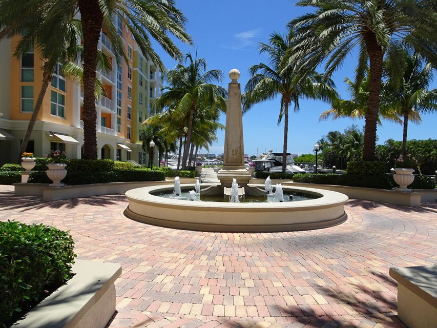 Co-op / Condo للـ Rent في 806 E Windward Way 806 E Windward Way Lantana, Florida 33462 United States