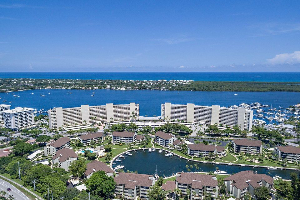 Co-op / Condo for Rent at 124 Lakeshore Drive 124 Lakeshore Drive North Palm Beach, Florida 33408 United States