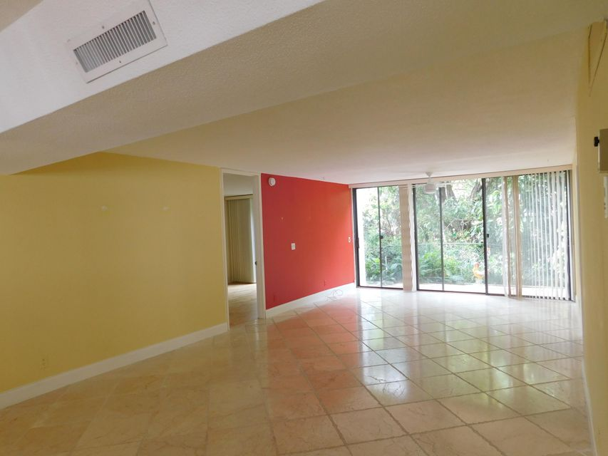 Additional photo for property listing at 501 SW 11th Place 501 SW 11th Place 博卡拉顿, 佛罗里达州 33432 美国