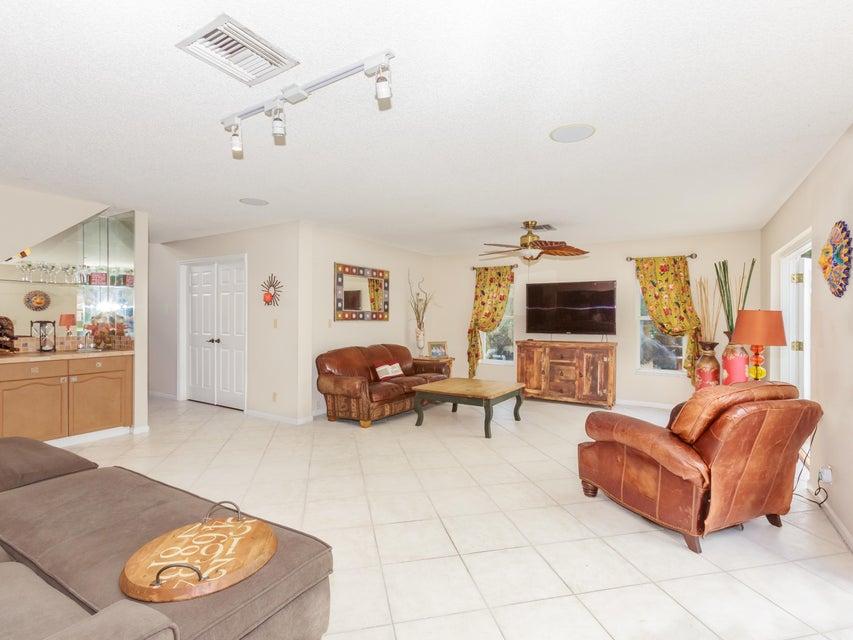 1690 Farmington Circle Wellington, FL 33414 photo 7