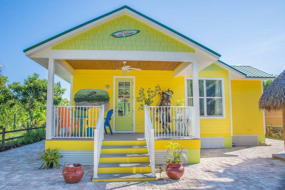 Casa para uma família para Venda às 33 Vip Island A 33 Vip Island A Grant Valkaria, Florida 32949 Estados Unidos