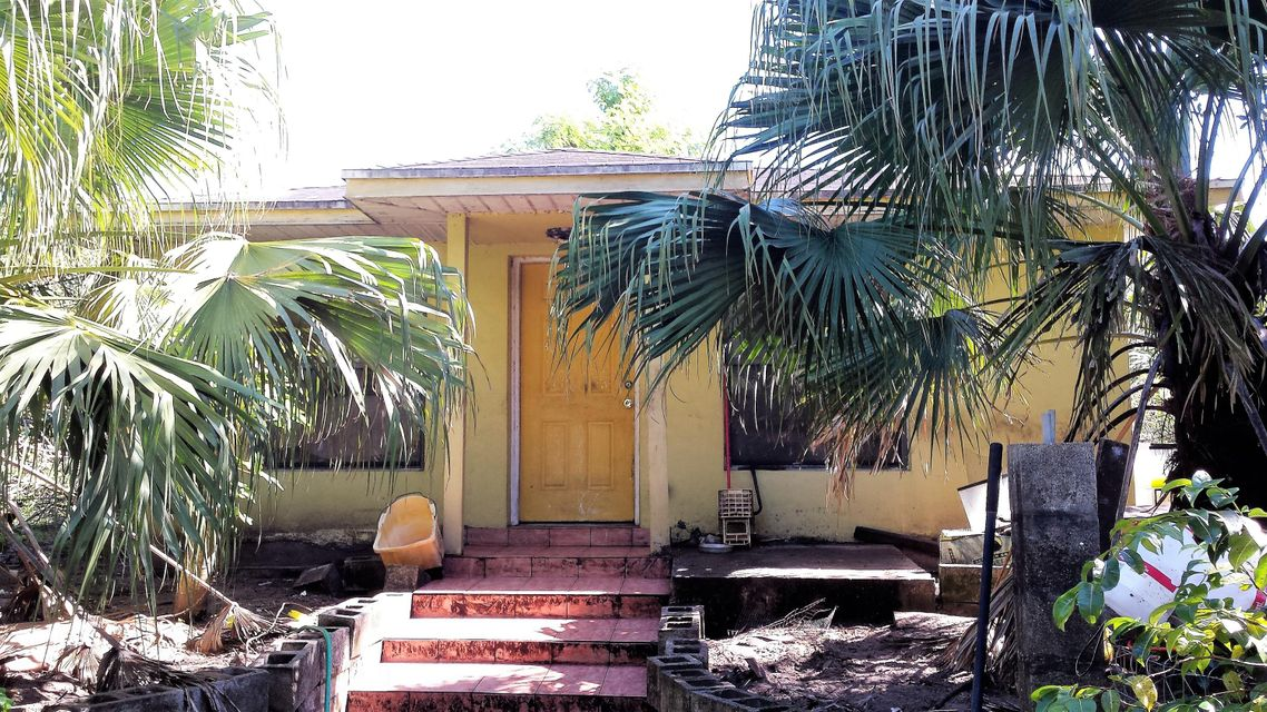 Single Family Home for Sale at 4602 Everhigh Acres Road 4602 Everhigh Acres Road Clewiston, Florida 33440 United States